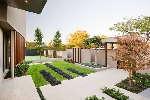 The Secret to Designing Minimalist Gardens Picture